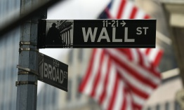 Wall Street sube animada por China y Europa
