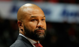 Los New York Knicks despiden a su entrenador Derek Fisher
