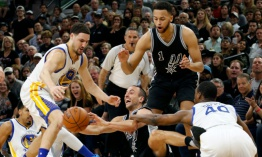 Warriors sin Curry abren semifinales camino a la defensa de su título NBA